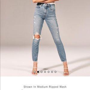A&F mom jeans (27) NWT